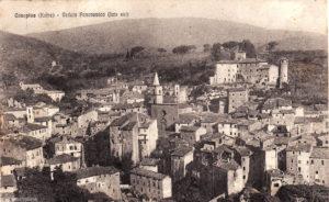 Una cartolina di Canepina degli anni '30, è visibile tutta la zona del Castello distrutta dal bombardamento del 5 giugno 1944.