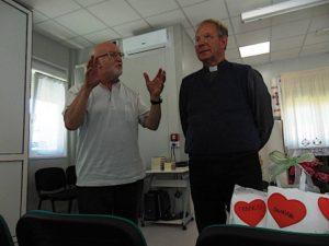 Don Gianni Carparelli con padre Savino D'Amelio